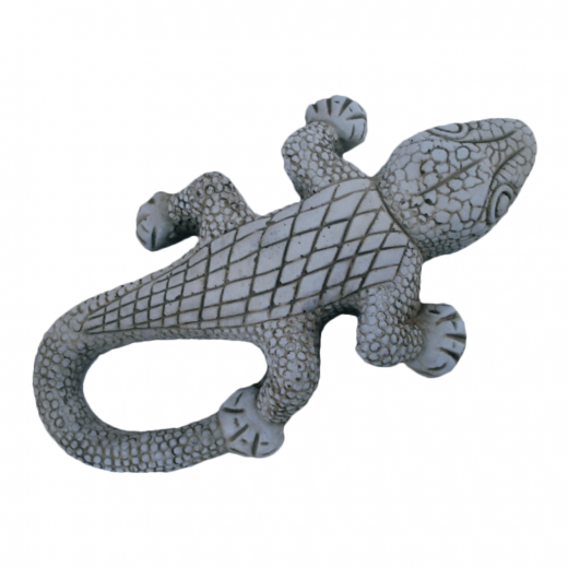 Little Salamander reptile garden ornament statue terrace lizard