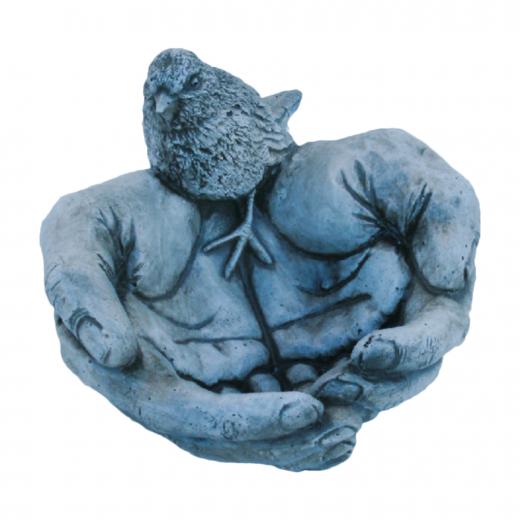 Birdy Hands 17cm stone robin ornament statue concrete